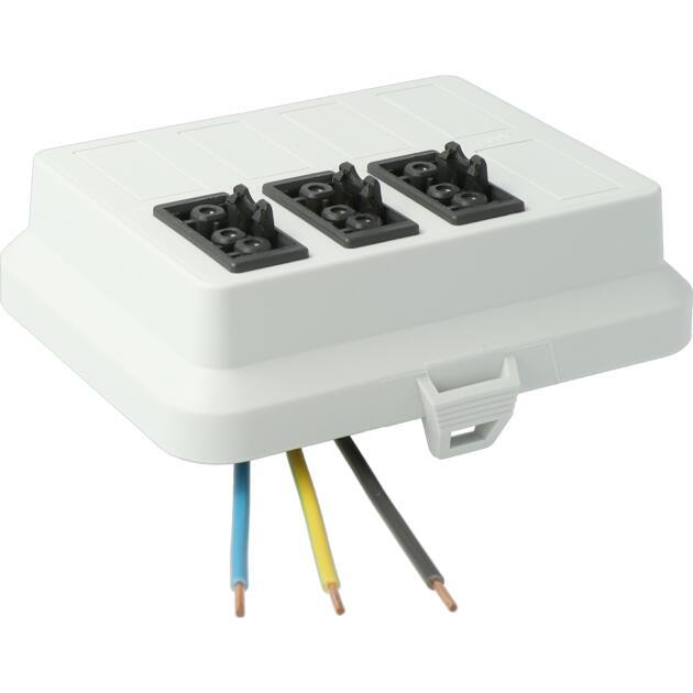 Steckbar Frontteil AK2, Wieland gesis® CLASSIC, in: 3pol H07V-U, out:3x 3pol sw L1, 125x100x42 mm, lichtgrau