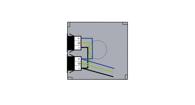 Steckbar Gehäuse PD, Wieland GST18, in:3pol H07V-U, out: 2x 3pol sw, 120x120x40 mm, lichtgrau